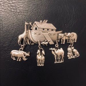 Noah's Ark Pin Brooch. Amazing design